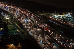 traffic-jam-1703575_640